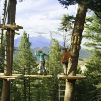 Views-of-grand-teton-national-park-at-the-treetop-adventure-course