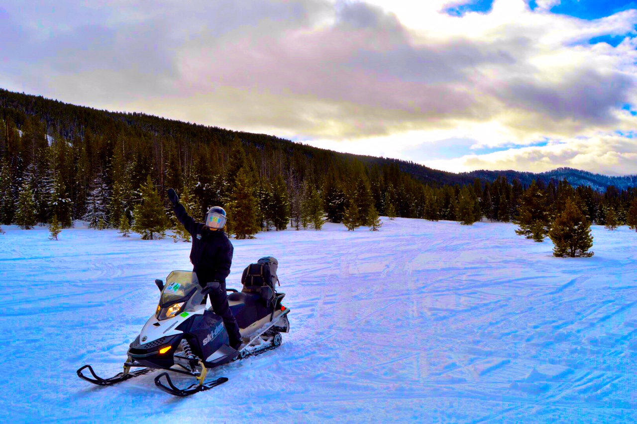 snowmobile trip jackson hole