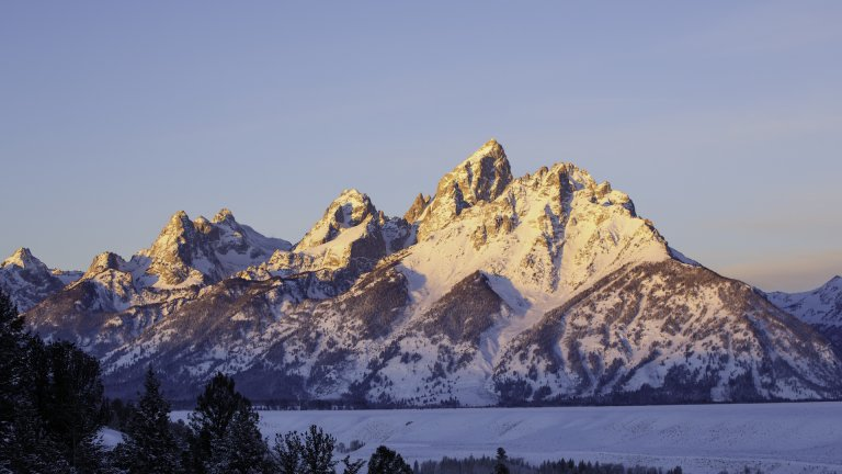When to Book & How to Save on Jackson Hole, WY Travel