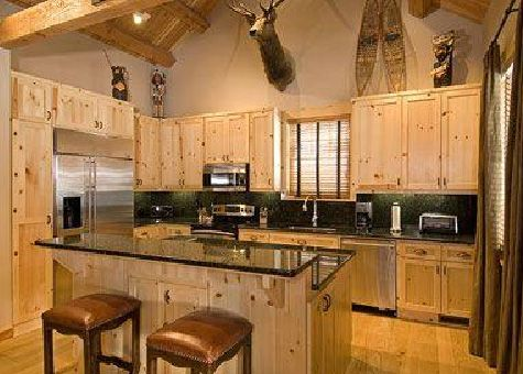 Granite ridge homesteads in teton village jhcr for Kitchen jackson hole